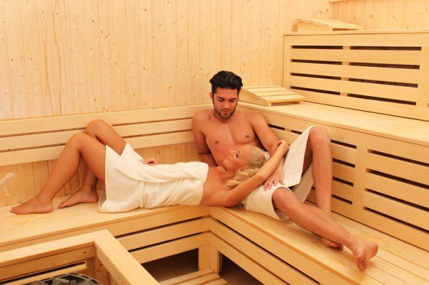 Sauna si jacuzzi